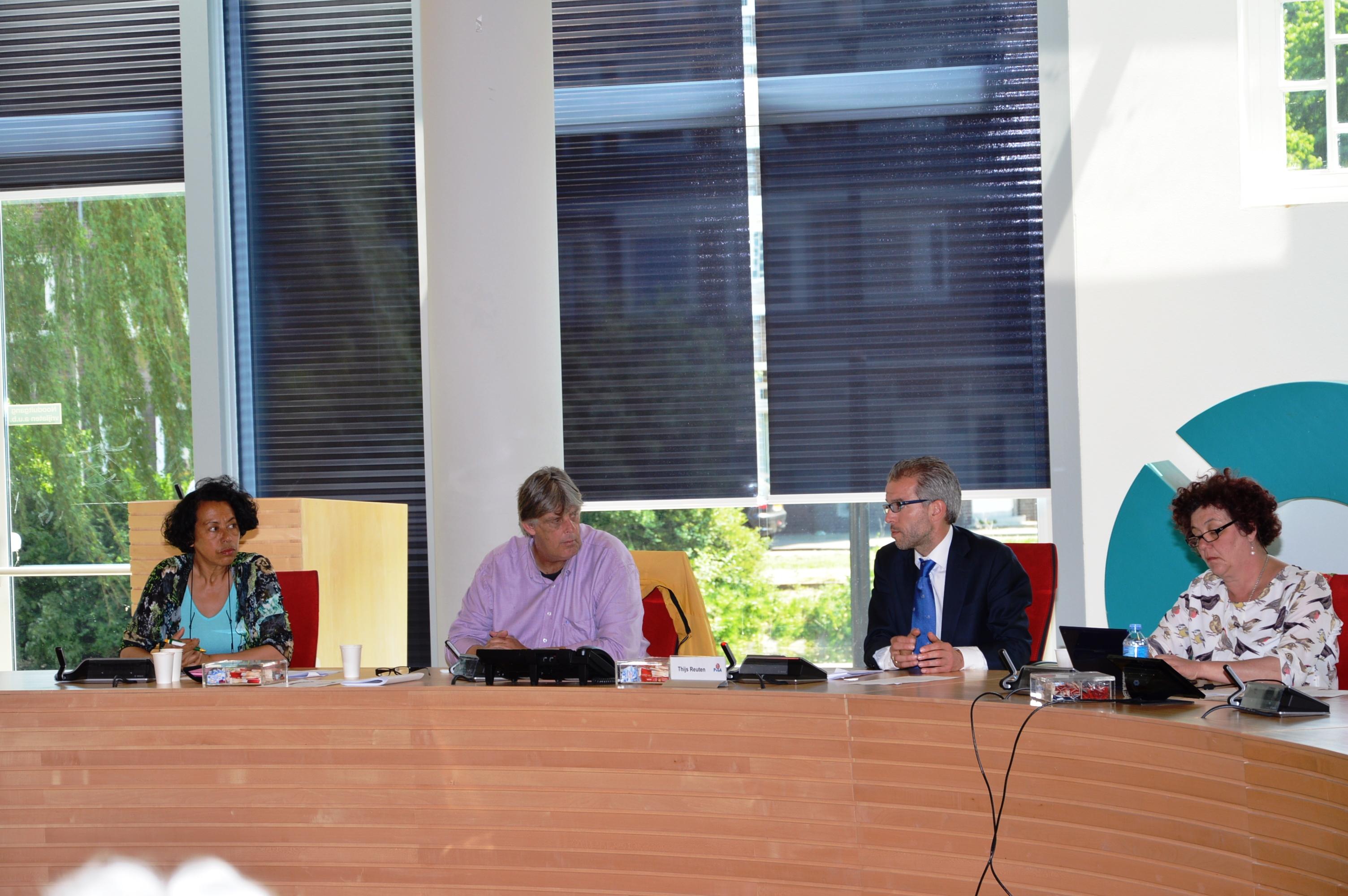 Laetitia+Frank+Thijs Reuten+Annelies